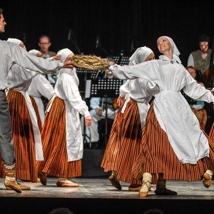 SAULE VIJA ZELTA ROTU/ Deju svētku repertuāra modelēšanas koncerts/8 jūnijs,2019.